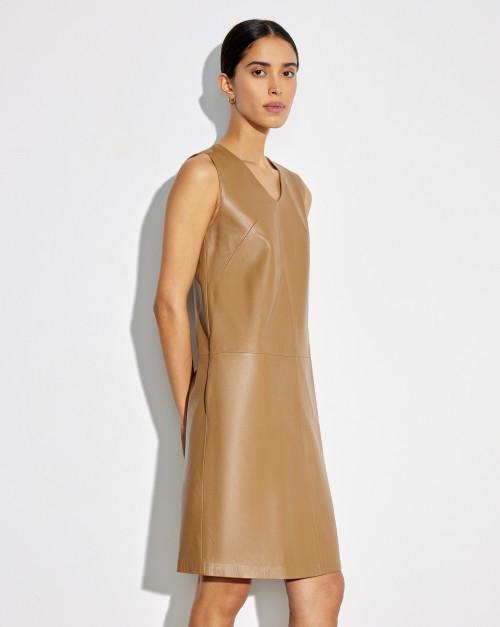 Платье кожаное без рукава