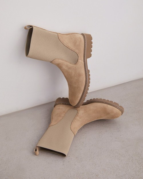 Ботинки с трикотажным чулком высокие