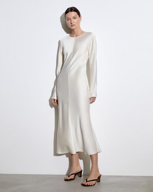 Платье с молниями на рукавах