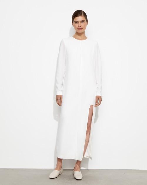Платье прямое с разрезом