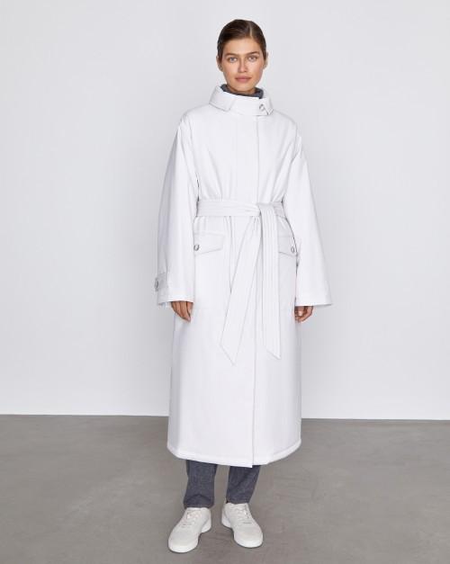 Пальто с высоким воротником