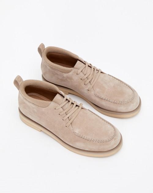 Ботинки на шнурках низкие