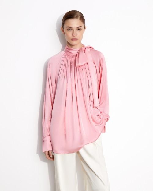 Блуза с бантом